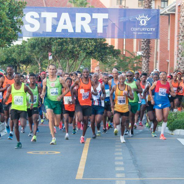 runners in century city